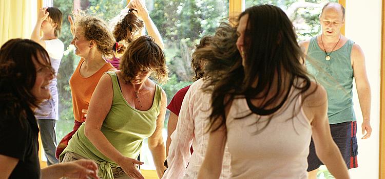 Freier Tanz -Tanz-Körper-Atem-Würzburg Andrea Schnupp